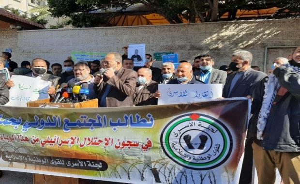 المجاهدين تؤكد على ضرورة دعم واسناد الأسرى المعتقلين في سجون الاحتلال